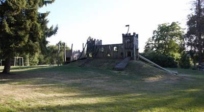 """Mehr zu Spielplatz """"Sagenhafter Spielgarten"""" Blankenburg"""